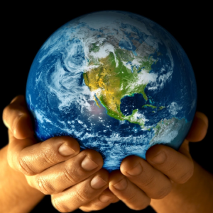 earth_in_hands